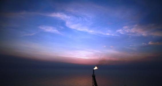 如竟没有炬火,我们便是唯一的光!